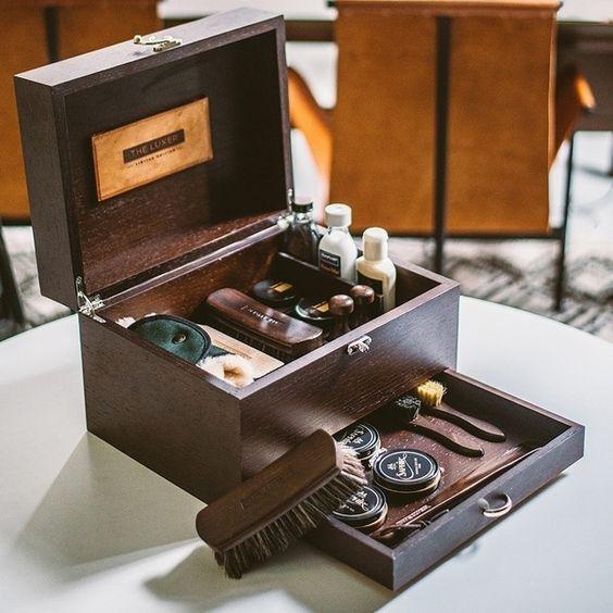 Shoeshine Kit